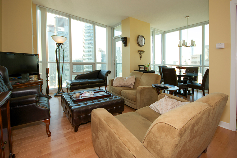 18 Harbour Street Pinnacle Centre Condos For Sale Rent